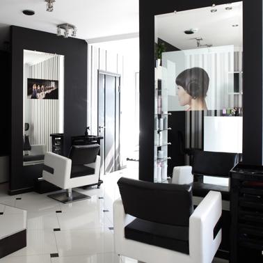 tv a specchio Spectra installazione parrucchiere